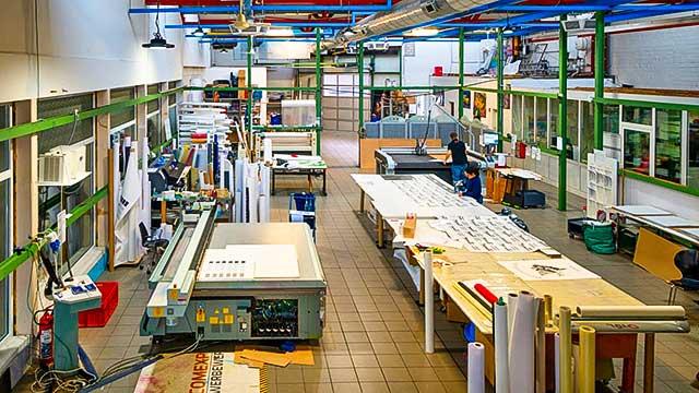 Comexpo Druckerei Produktionshalle